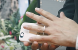 (VIDEO) Man marries his iPhone